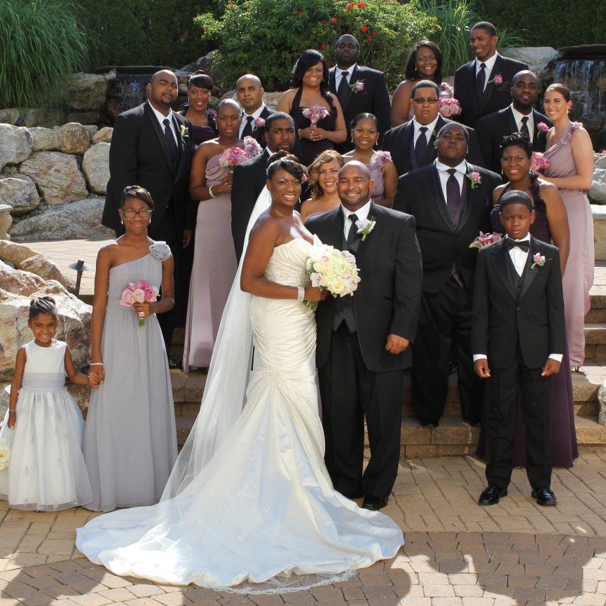 MOYA LARA :: Exquisite Wedding Invitations