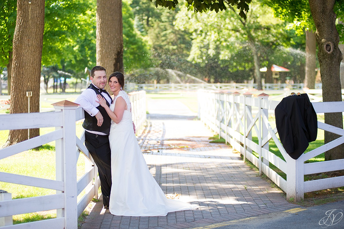 beautiful photo of bride and groom at saratoga racetrack