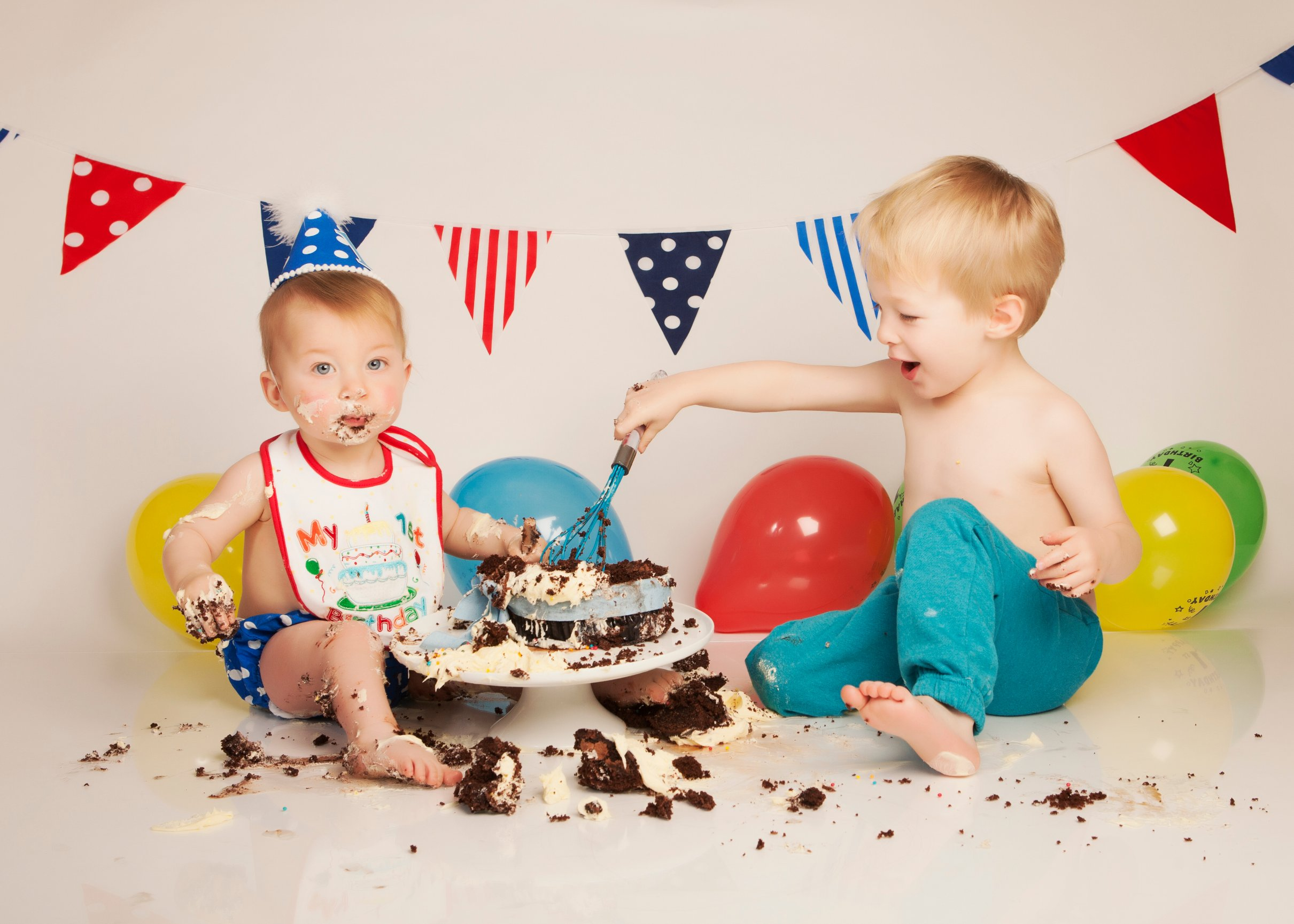 Cake Design Horley : Cake Smash with Birthday Boy Jayden from Horley - Tamara s ...