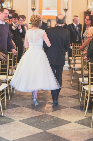 father_bride_walking_down_aisle