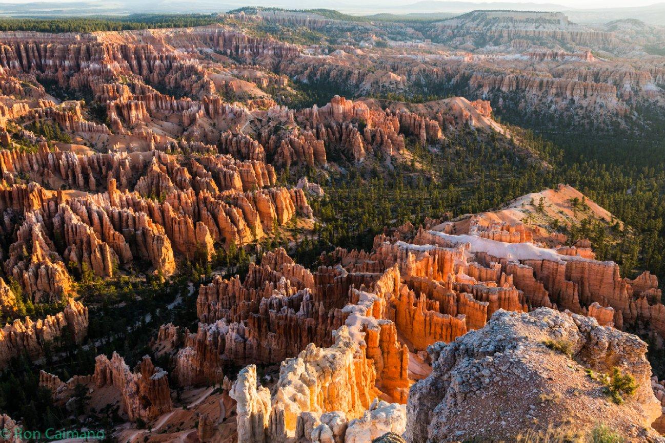 Bryce Canyon, Sunrise, Sunrise at Bryce canyon, Ron Caimano, Hoodoos at Bryce canyon, Bryce Canyon Hoodoos