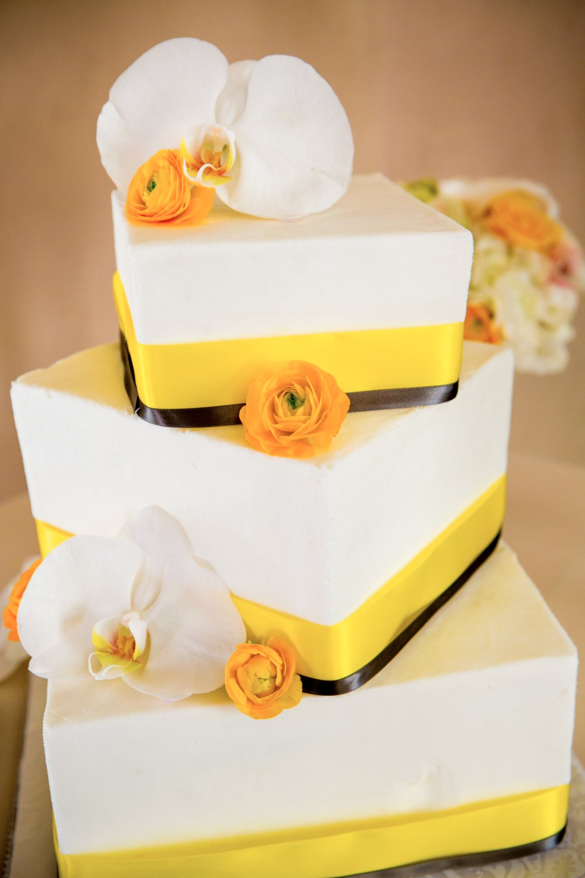Wedding Cake Trends - Brett Charles Rose Photography