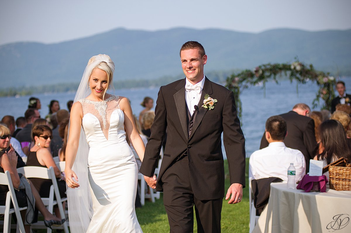 wedding ceremony at Inn at erlowest lake george