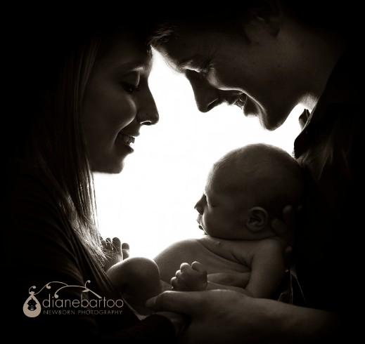 Riverside newborn with family photo