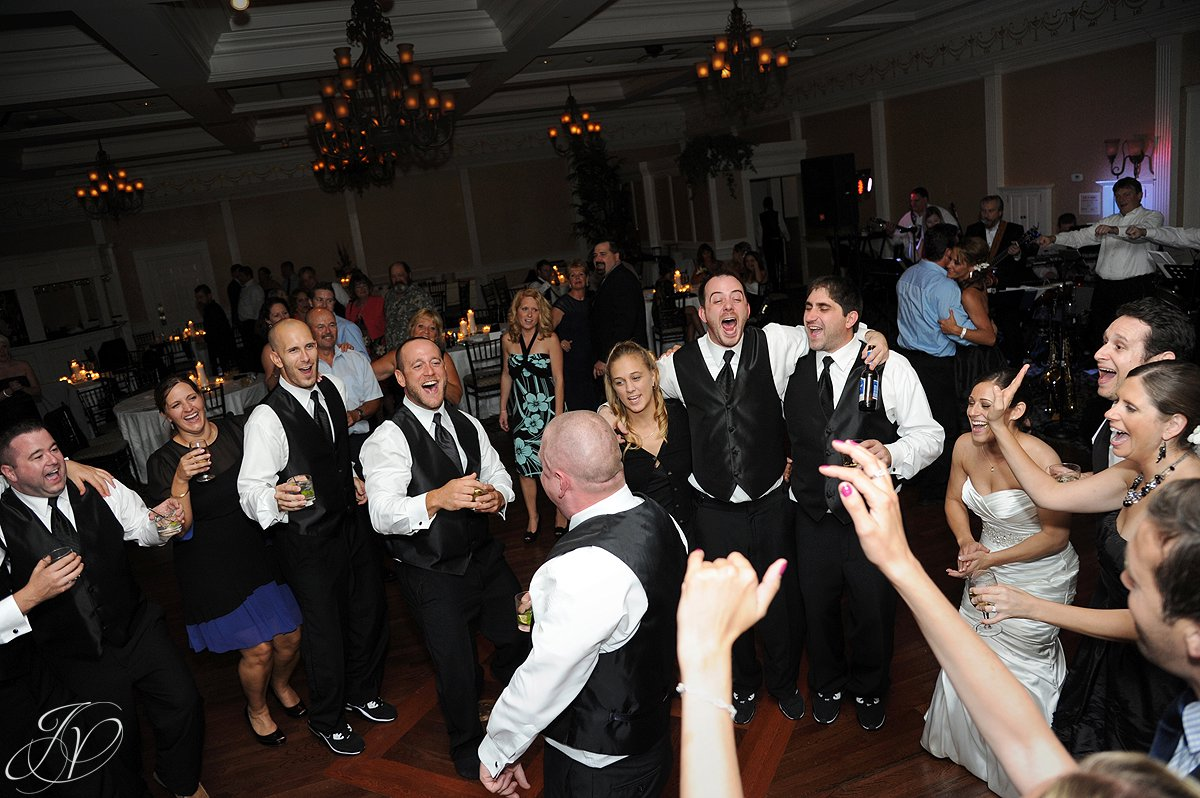 great wedding dance photo, Albany Wedding Photographer, The Glen Sanders Mansion,