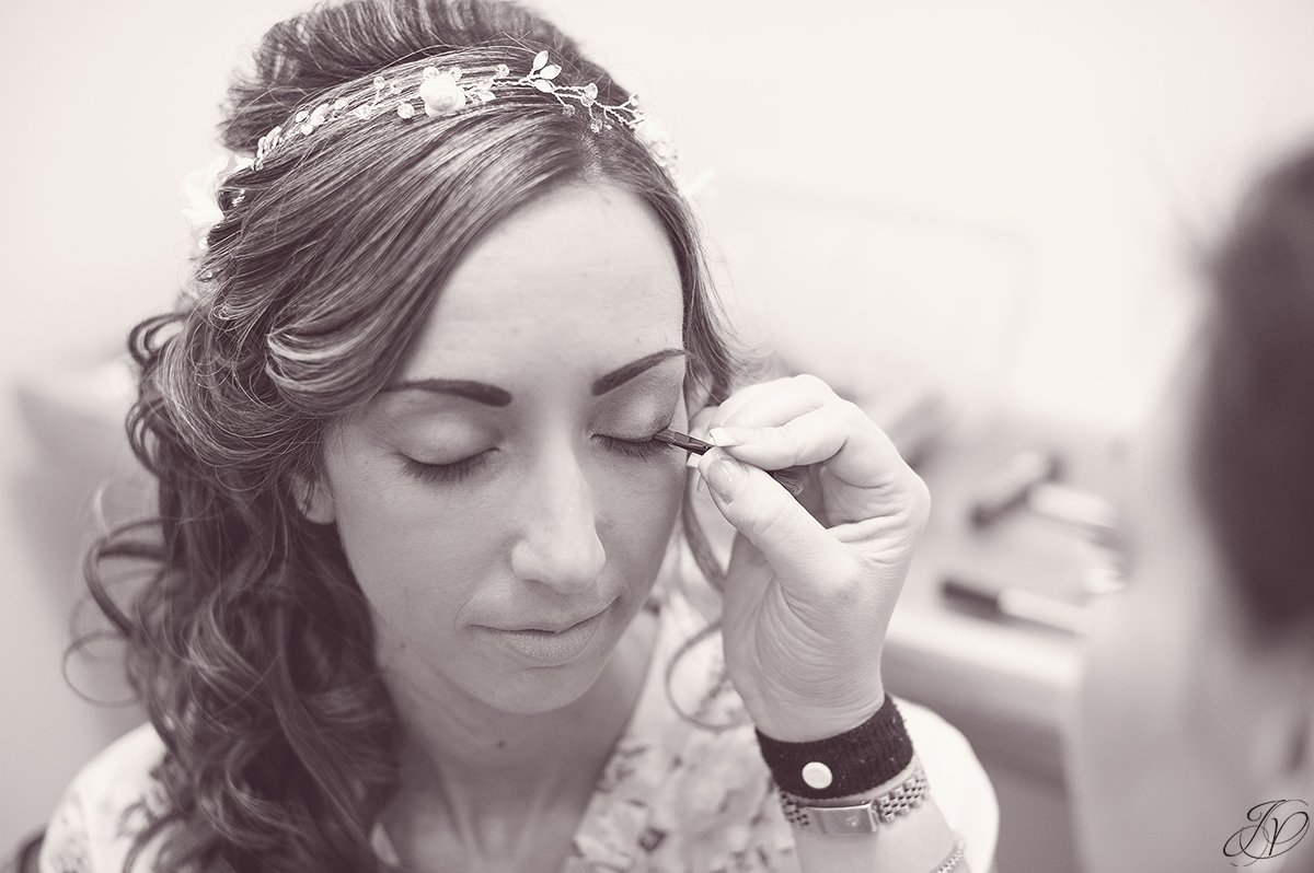 details of bride getting ready black and white