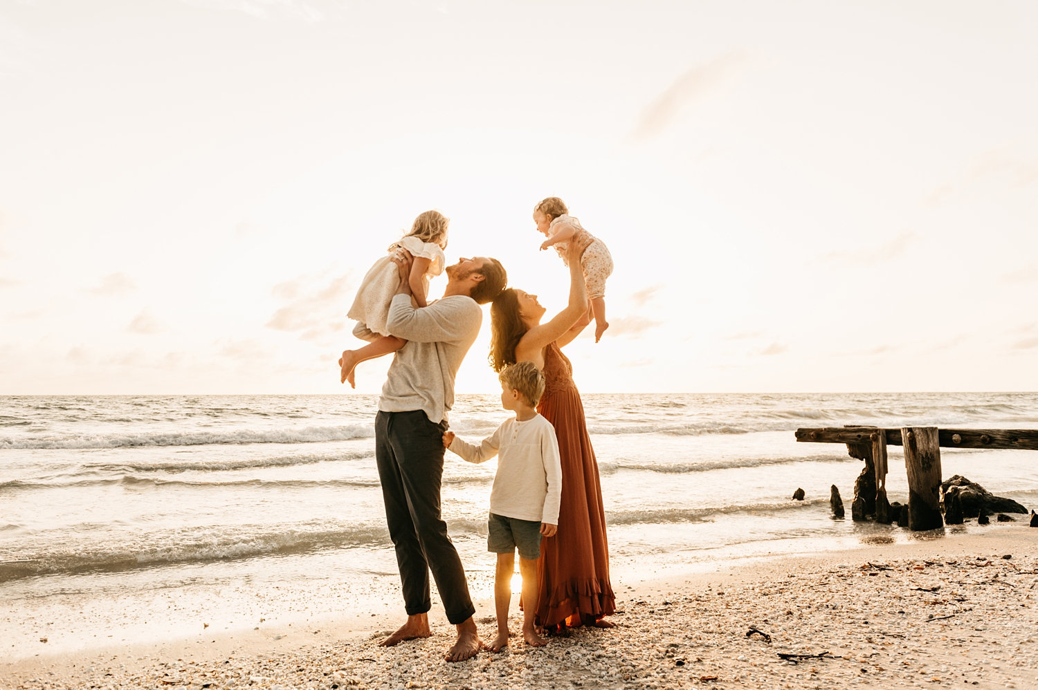 family of 5 beach pictures, family of 5 beach portraits, Naples Beach, Rya Duncklee