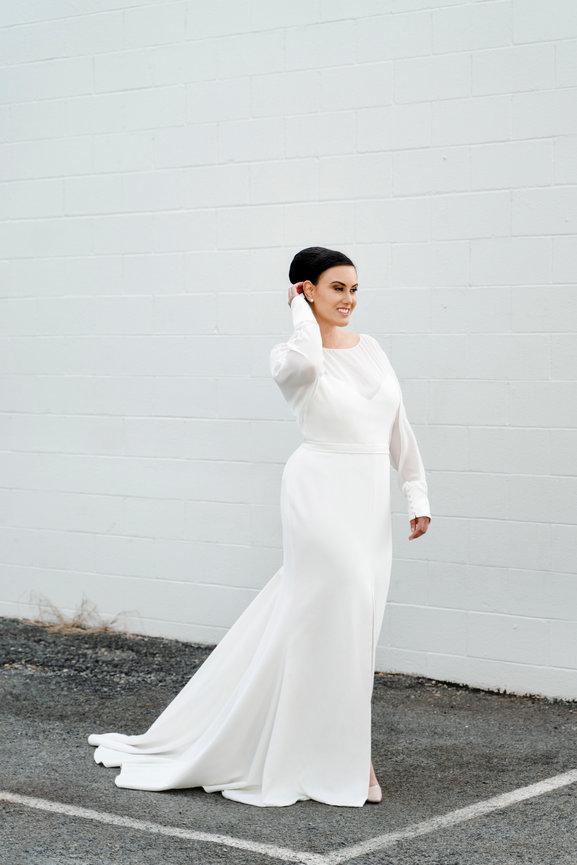 Diva Curves Bridal Gowns \u0026 Dresses for
