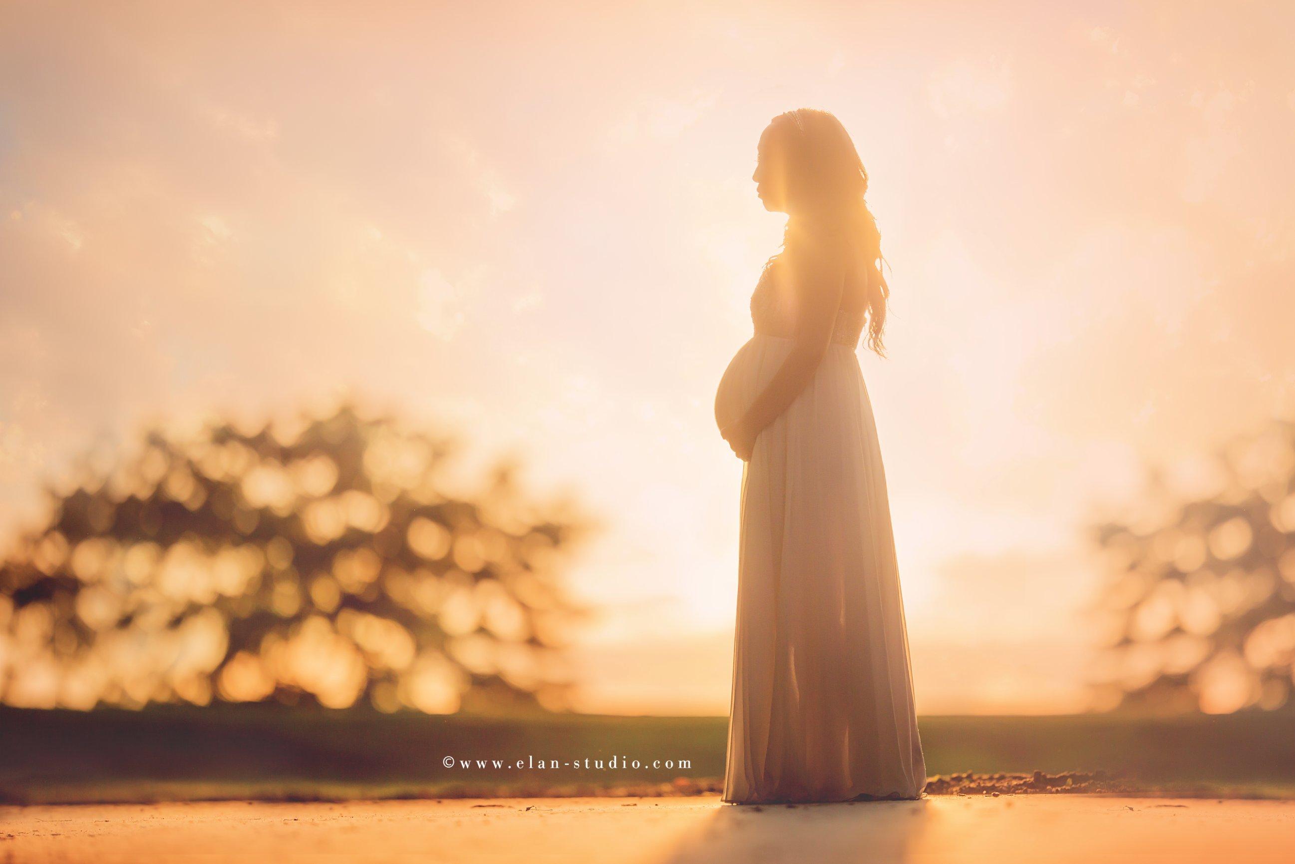 silhouette bump, silhouette maternity photo, silhouette bump image, Tracy Sweeney